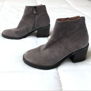 Gentle Souls Kenneth Cole ankle boots